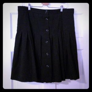 Gap button down skirt